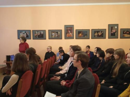 Учащиеся 8-11 классов выступили на районном празднике в библиотеке имени Салтыкова-Щедрина